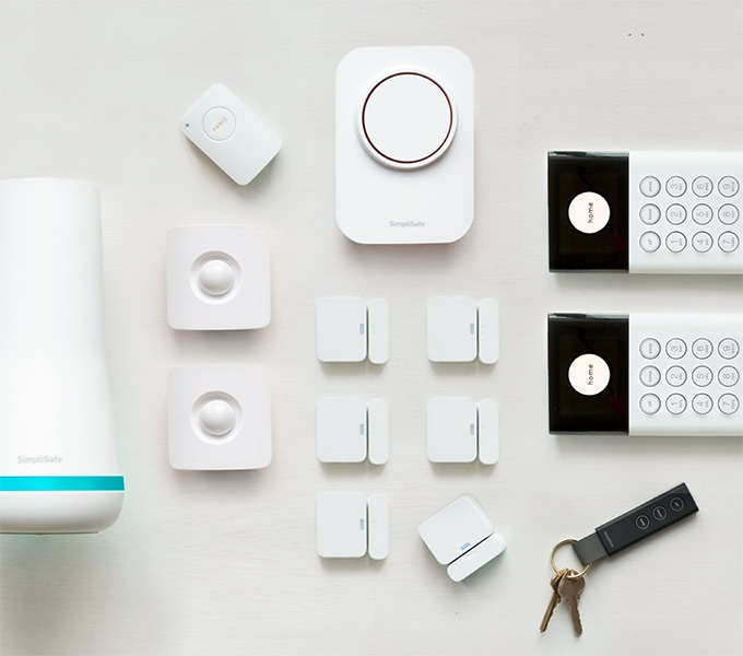 SimpliSafe The Fortress package